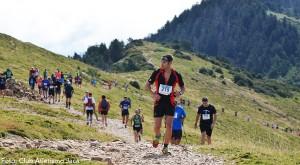 Se plantean dos pruebas, una para andarines y otra para corredores que culminarán en la Cruz de Oroel (1.769 m.). El recorrido es de 10,7 km con un desnivel de 1.000 m.